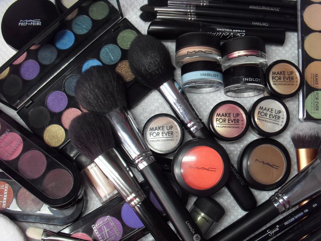 Косметика для макияжа оптом