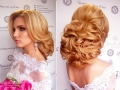 свадебный-макияж-и-прическа-воздушный-пучок