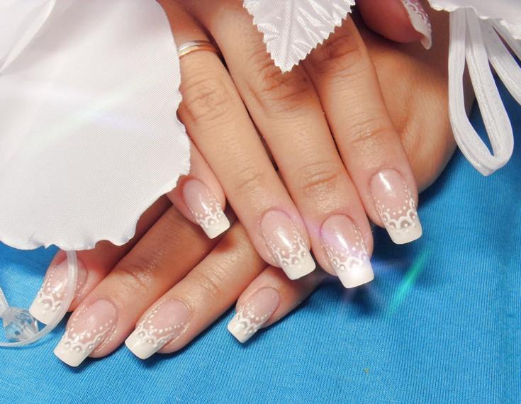 Наращивание ногтей белый френч новинки