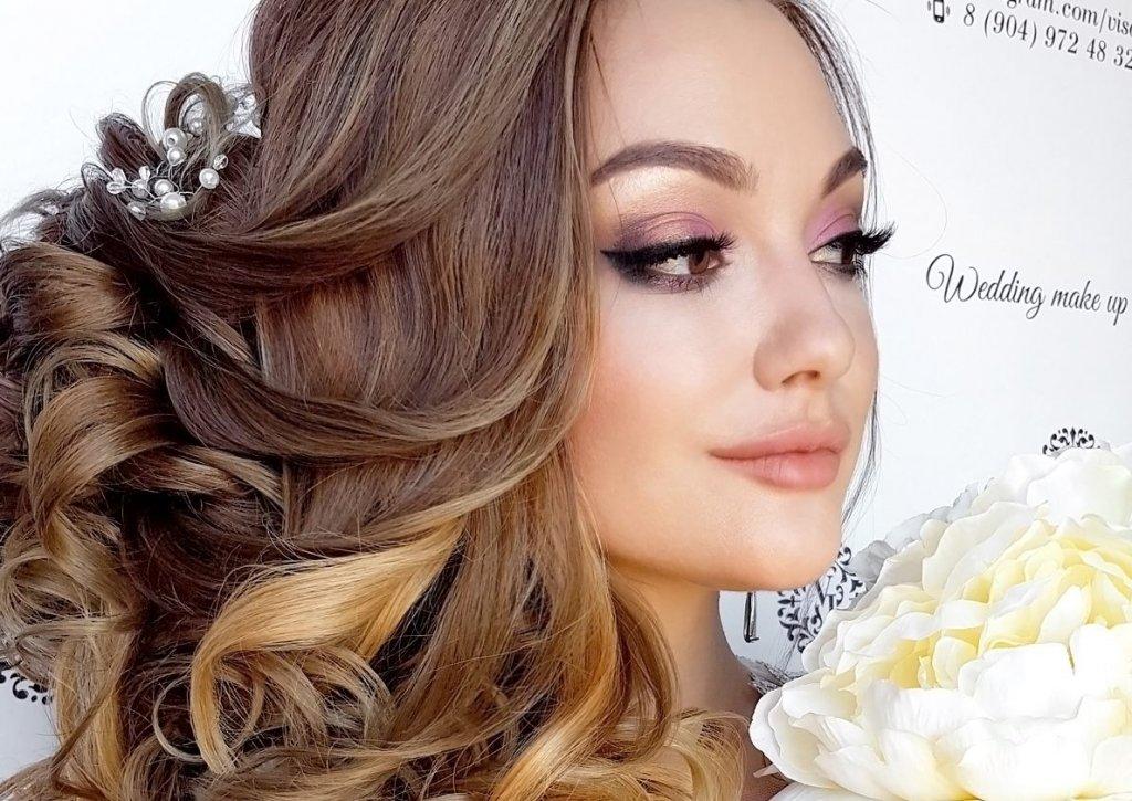 прически-на-свадьбу-греческая-коса-челябинск (3)
