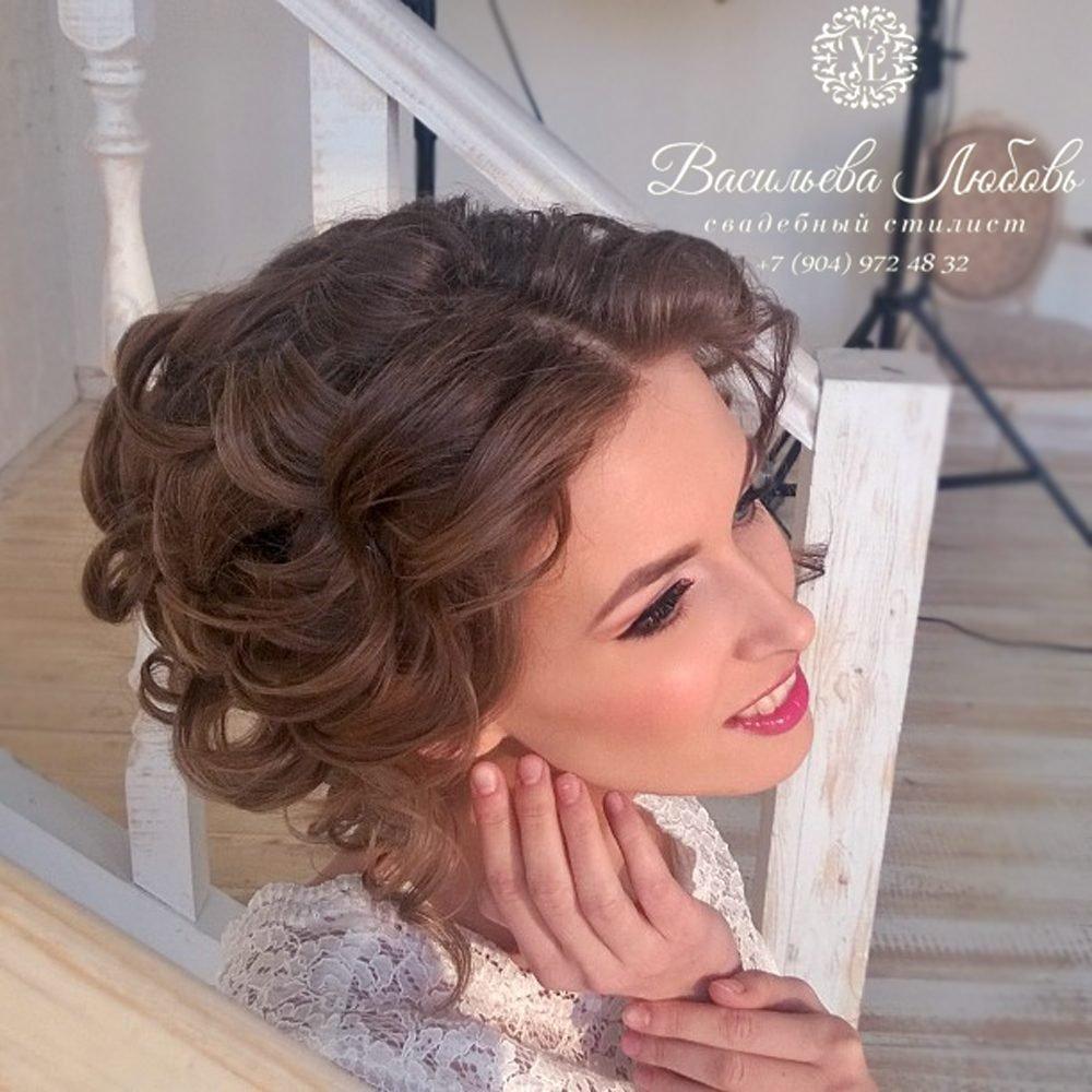 vizazhist-parikmacher-Vasileva-Lyubov-v-CHelyabinske-makiyazh-pricheski-korrektsiya-brovej-vyezd-na-svadbu (13)